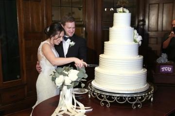 ivory_and_blush_wedding_at_belo_mansion_47