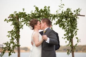 Dallas-Wedding-Planner-The-Filter-Building-Simple-Elegant-Wedding-05