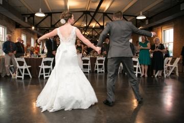 Dallas-Wedding-Planner-The-Filter-Building-Simple-Elegant-Wedding-14