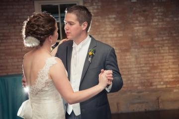 Dallas-Wedding-Planner-The-Filter-Building-Simple-Elegant-Wedding-15