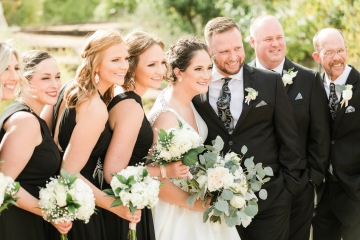 white-black-and-green-wedding-at-stone-crest-venue-14