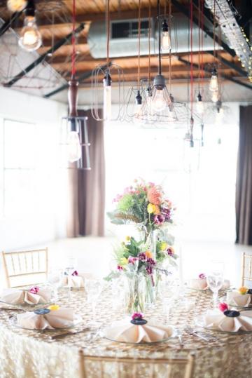 Dallas-Wedding-Planner-Hickory-Street-Annex-Sparkle-Glitter-Gold-Wedding-17