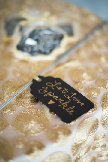 Dallas-Wedding-Planner-Hickory-Street-Annex-Sparkle-Glitter-Gold-Wedding-57