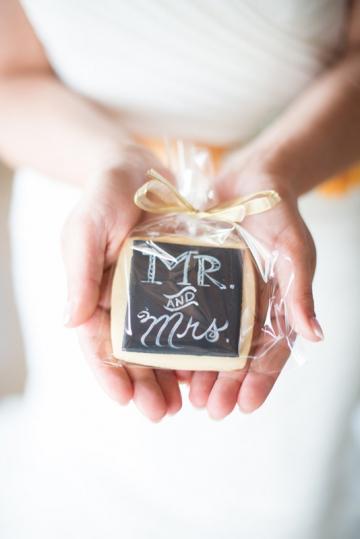 Dallas-Wedding-Planner-Hickory-Street-Annex-Sparkle-Glitter-Gold-Wedding-28