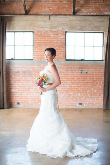 Dallas-Wedding-Planner-Hickory-Street-Annex-Sparkle-Glitter-Gold-Wedding-33