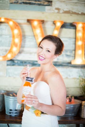Dallas-Wedding-Planner-Hickory-Street-Annex-Sparkle-Glitter-Gold-Wedding-36