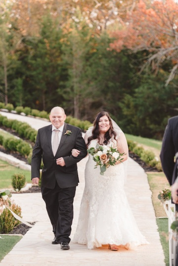 gold_and_green_wedding_at_the_springs_mckinney_21