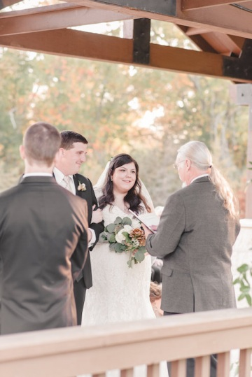 gold_and_green_wedding_at_the_springs_mckinney_22
