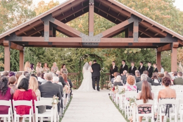 gold_and_green_wedding_at_the_springs_mckinney_23