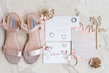 gold_and_green_wedding_at_the_springs_mckinney_01
