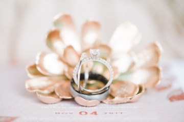 gold_and_green_wedding_at_the_springs_mckinney_02