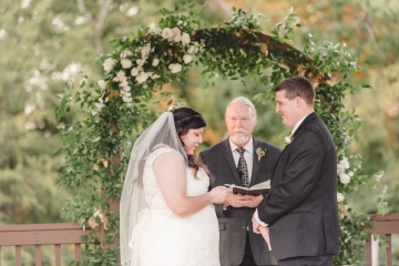 gold_and_green_wedding_at_the_springs_mckinney_25