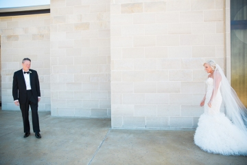 Blush-and-White-Wedding-Frisco-Wedding-Planner-St.-Francis-of-Assisi-and-Chapel-at-Ana-Villa-14