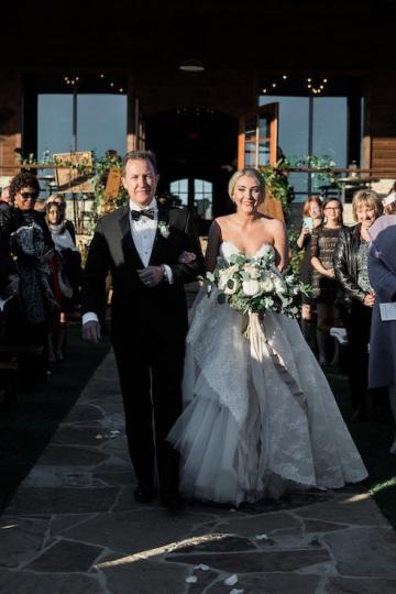 sage_and_peach_garden_wedding_at_maire_gabrielle_in_dallas_texas_22