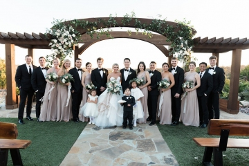 sage_and_peach_garden_wedding_at_maire_gabrielle_in_dallas_texas_30