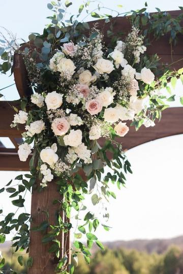 sage_and_peach_garden_wedding_at_maire_gabrielle_in_dallas_texas_19