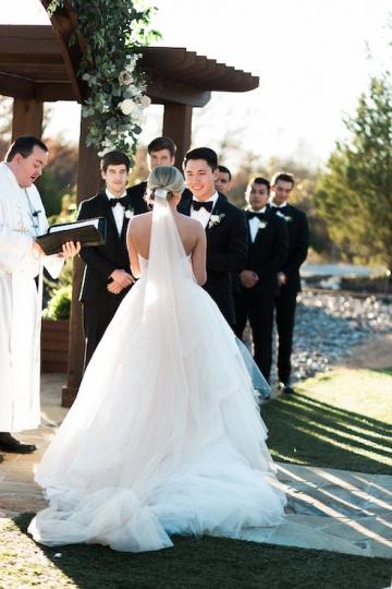 sage_and_peach_garden_wedding_at_maire_gabrielle_in_dallas_texas_26
