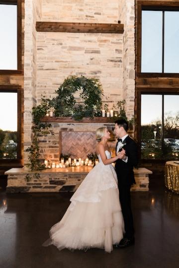 sage_and_peach_garden_wedding_at_maire_gabrielle_in_dallas_texas_46