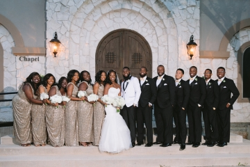 white-and-champagne-sparkle-wedding-at-piazza-in-the-village-13