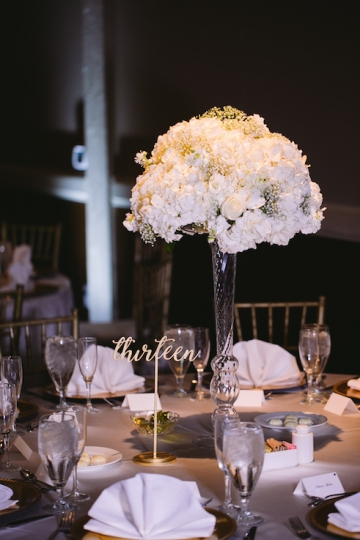 white-and-champagne-sparkle-wedding-at-piazza-in-the-village-19