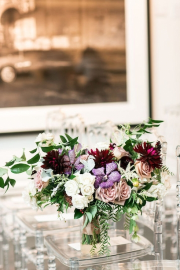 modern-maroon-mauve-wedding-at-samuel-lynne-galleries-and-howell-and-dragon-in-dallas-texas-15