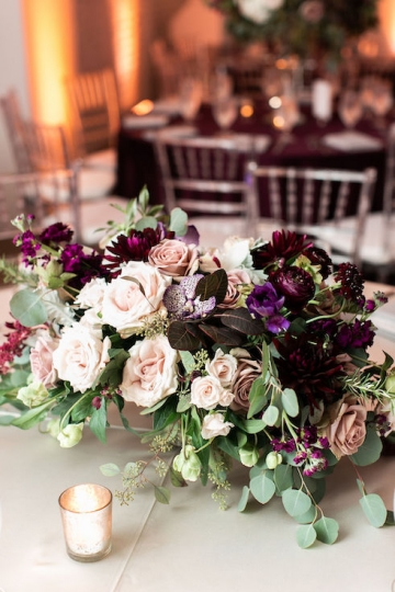 modern-maroon-mauve-wedding-at-samuel-lynne-galleries-and-howell-and-dragon-in-dallas-texas-24