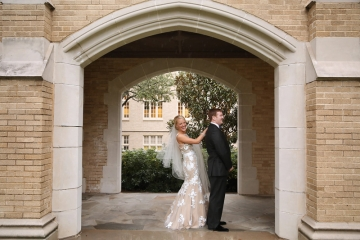 Dallas-Wedding-Planner-Highland-Park-United-Methodist-Church-and-Room-on-Main-Blue-and-White-Wedding-01