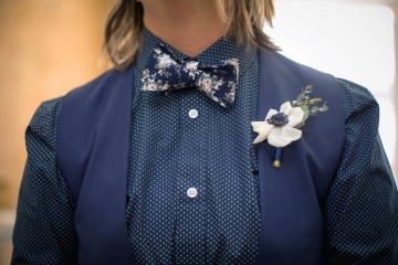 quaint_industrial_navy_and_gold_wedding_at_gather_in_downtown_mckinney_texas_08