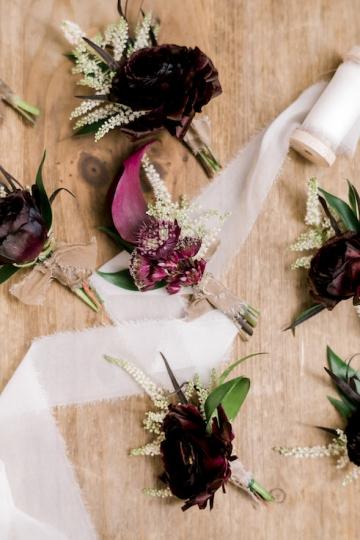 winter-burgundy-white-wedding-at-stone-crest-venue-in-mckinney-texas-17