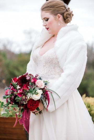 winter-burgundy-white-wedding-at-stone-crest-venue-in-mckinney-texas-28