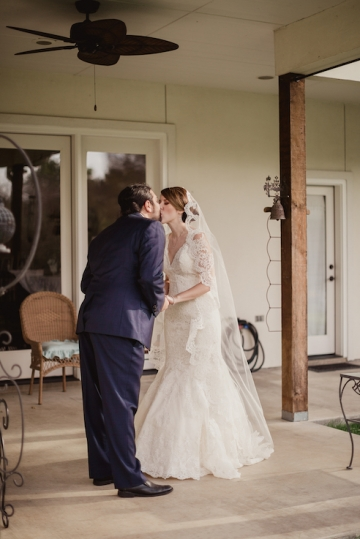 navy_and_pink_tent_wedding_at_a_private_home_in_dallas_texas_09