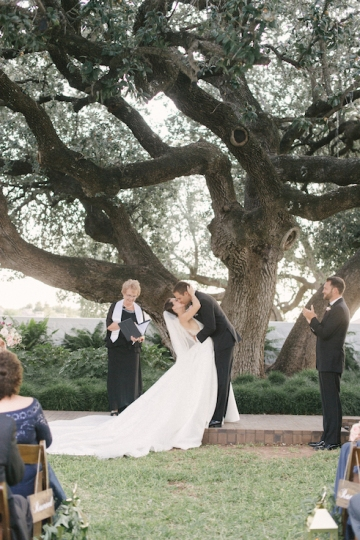 pink_and_burgundy_wedding_at_the_stonegate_mansion_34