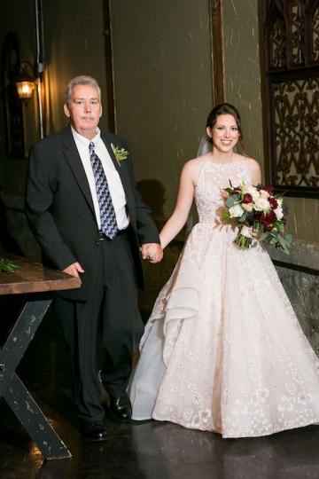 modern_rustic_wedding_at_cotton_mill_in_mckinney_texas_25