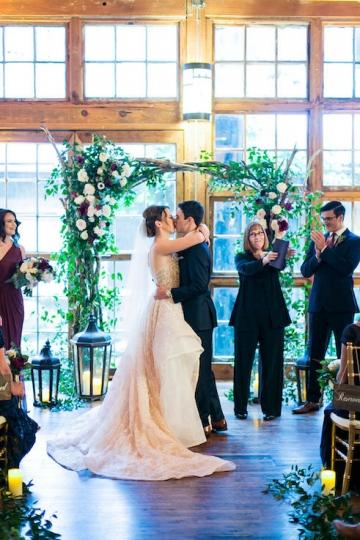 modern_rustic_wedding_at_cotton_mill_in_mckinney_texas_30