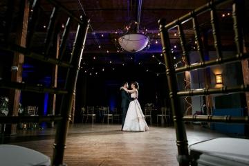 modern_rustic_wedding_at_cotton_mill_in_mckinney_texas_44