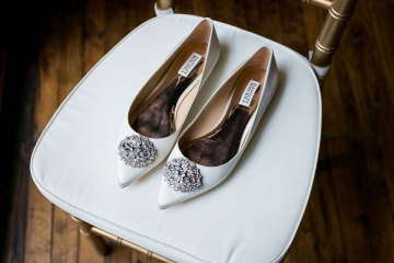 modern_rustic_wedding_at_cotton_mill_in_mckinney_texas_01