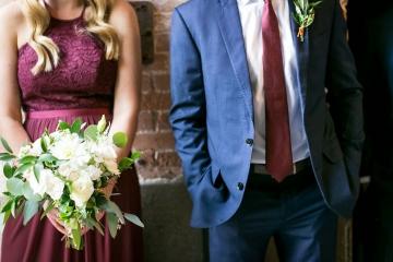 modern_rustic_wedding_at_cotton_mill_in_mckinney_texas_10