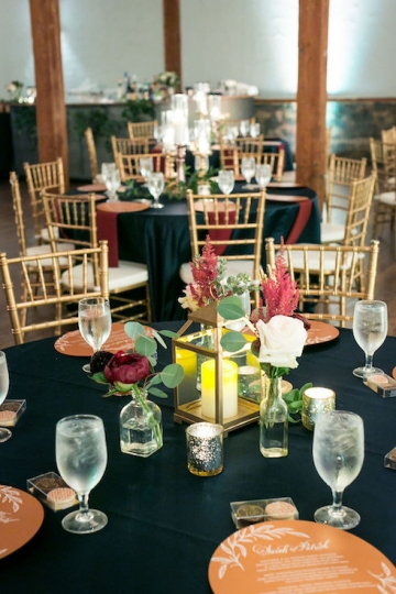 modern_rustic_wedding_at_cotton_mill_in_mckinney_texas_32
