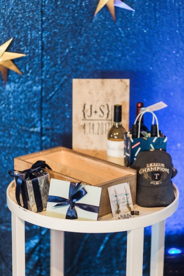 blue-and-gold-over-the-moon-wedding-at-hickory-street-annex-11