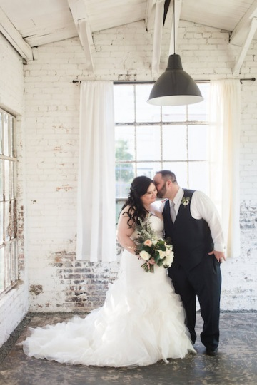 blue-and-gold-over-the-moon-wedding-at-hickory-street-annex-20
