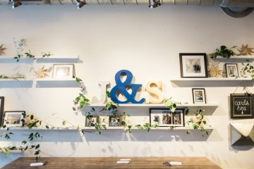 blue-and-gold-over-the-moon-wedding-at-hickory-street-annex-23