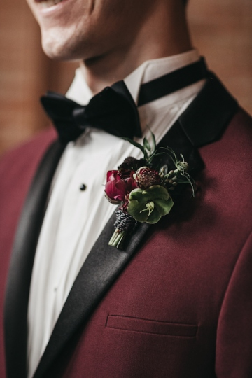 burgundy-blush-and-copper-vintage-industrial-wedding-at-flour-mill-07