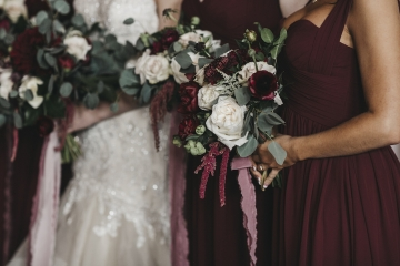 burgundy-blush-and-copper-vintage-industrial-wedding-at-flour-mill-10