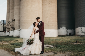 burgundy-blush-and-copper-vintage-industrial-wedding-at-flour-mill-20