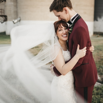 burgundy-blush-and-copper-vintage-industrial-wedding-at-flour-mill-21