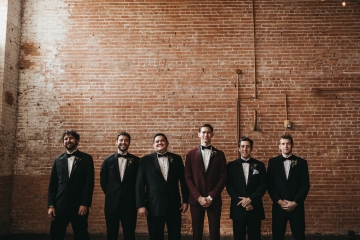 burgundy-blush-and-copper-vintage-industrial-wedding-at-flour-mill-06