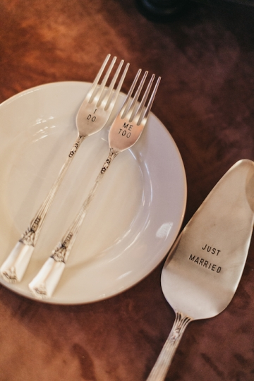 burgundy-blush-and-copper-vintage-industrial-wedding-at-flour-mill-37
