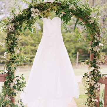 Becca & Nick: Rustic and Charming