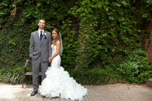 katie cassidy photography,ivy wall,bride and groom