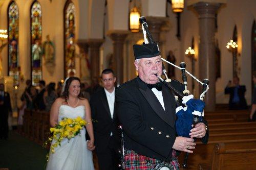 Wedding Bagpiper Bella Bee Photography